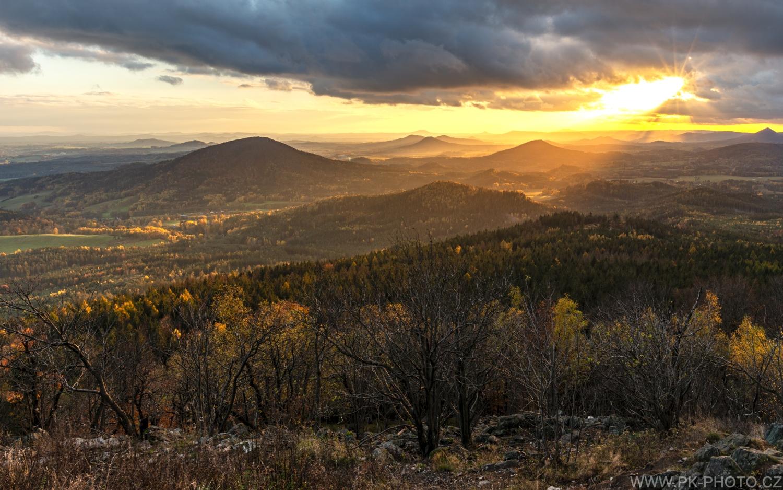 podzimní západ z Hvozdu