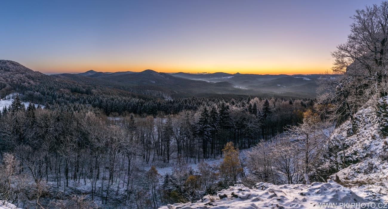 Lužické hory před východem slunce