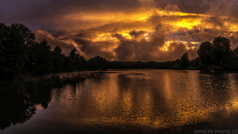 magický západ slunce