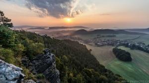 východ slunce nad Saským Švýcarskem